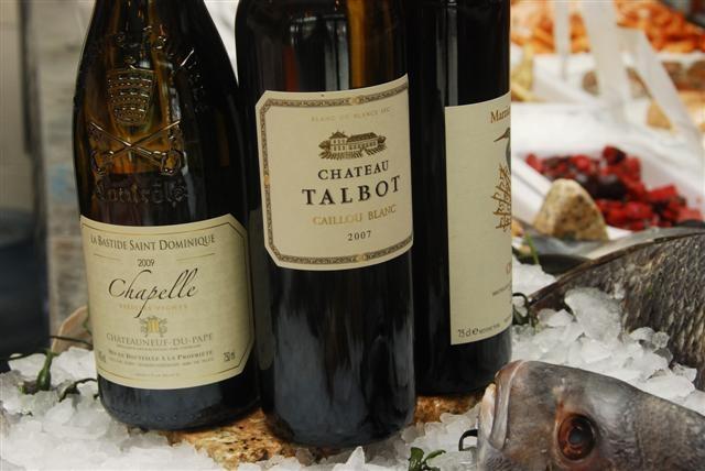"""'09 La Bastide Saint Dominique """"Chapelle"""" V.V CDP & '07 Ch Talbot Blanc"""