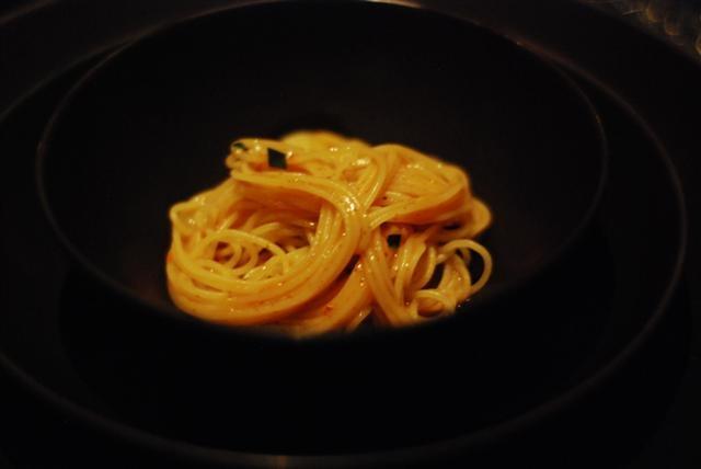 fresh noodles shrimp roe tarragon chicken jus