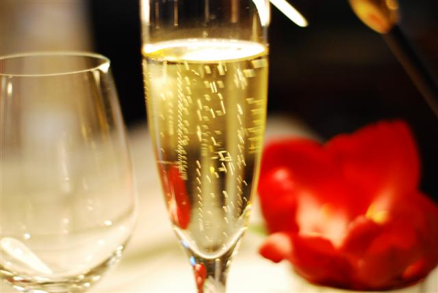 Pierre Gagnaire - Bubbly to start - Delomotte