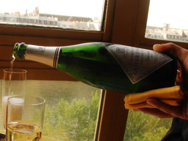 La Tour D'Agent Champagne