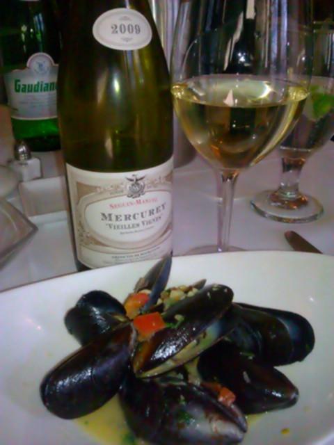 Mercurey & Mussels