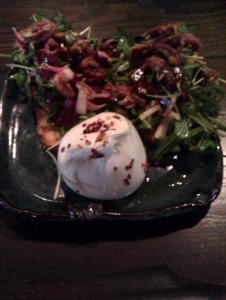 Mozzarella with Arugula and roasted beets