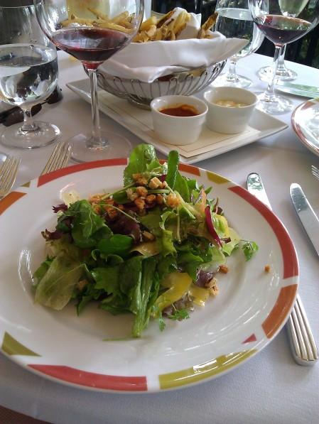 Mesclun Salad & Pommes Frites