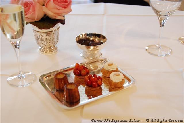 Assortiment de desserts et pâtisseries