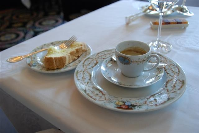 Cake & Cafe