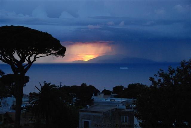 Sunset - Star Gazing on the horizon