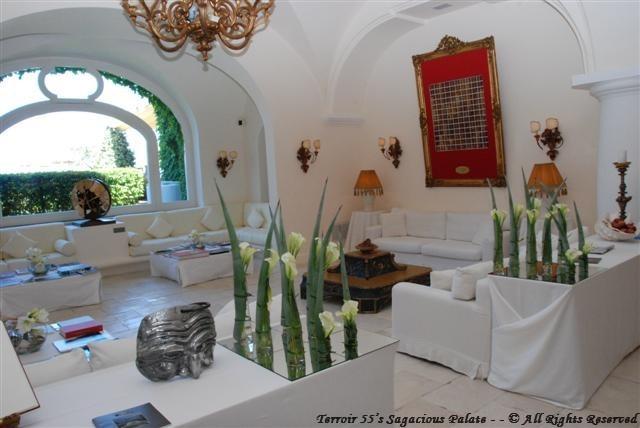 Capri Palace - The Lobby