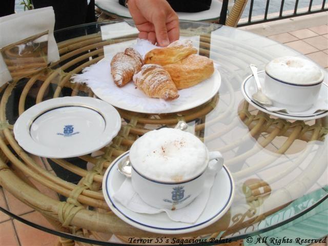 Cappicino & Pastries