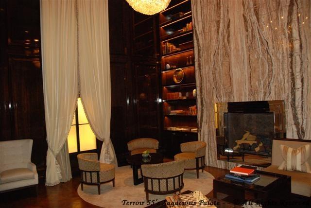 Capella - The Living Room
