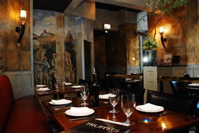 """Spiaggia Café Bar - Court of Urbino - """"Sprezzatura"""""""