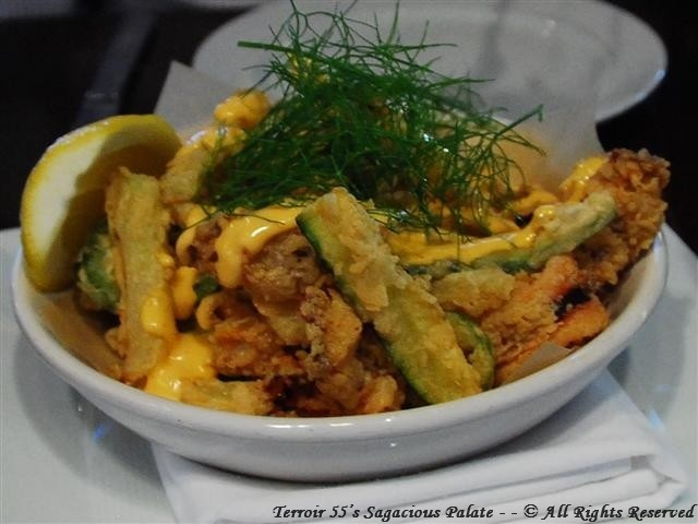 Fritto Misto (calamari, white shrimp, zucchini, jalapeno, fennel, neonata aioli)