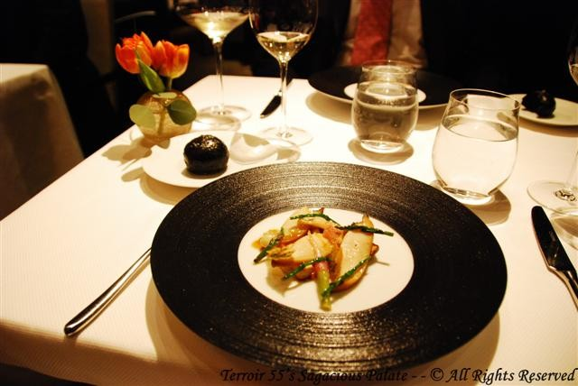 Abalone (Matsutake Mushroom, Turnip, Finger Lime)