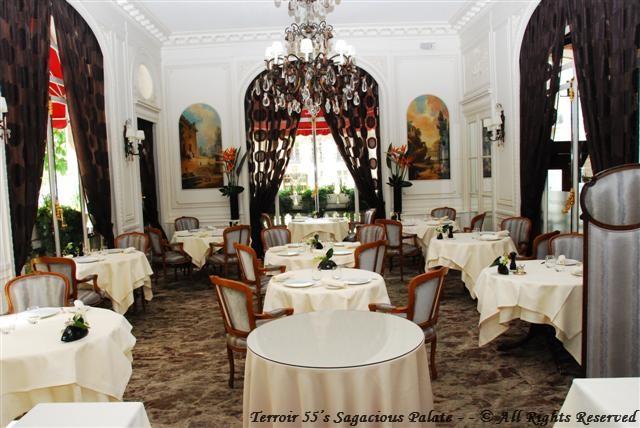 Le Raphael Restaurant