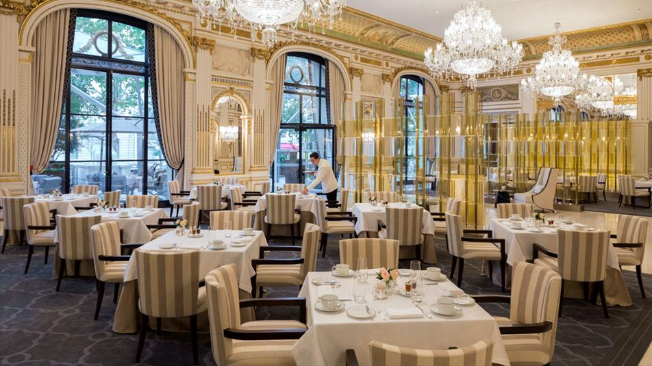 © The Restaurant Lobby – – Courtesy of The Peninsula Paris
