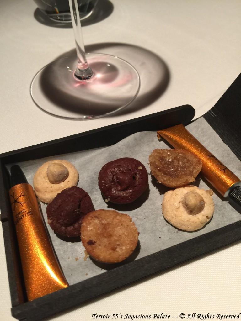 FINAL TEMPTATIONS - hazelnut jaumet de sant hilari / Cinc Sentits' Galeta Maria cookie / creamy-crunchy chocolate with walnuts / cinnamon muffin
