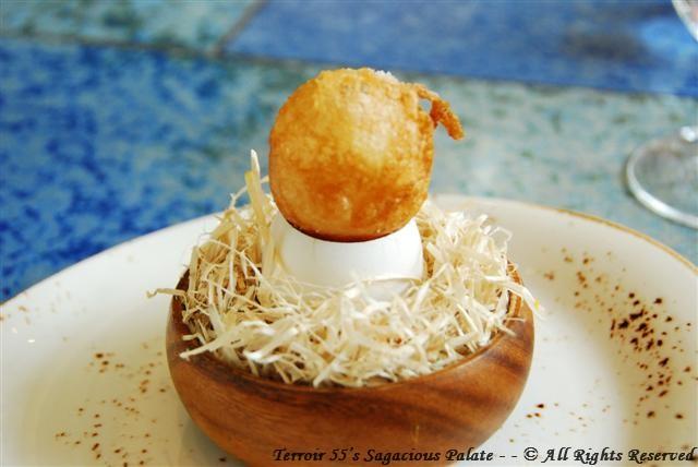 Crispy egg yolk with mushroom gelatin
