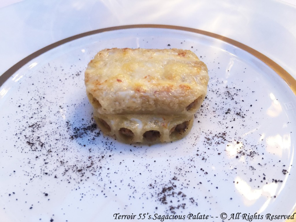 Macaroni, stuffed with black truffle and duck foie gras