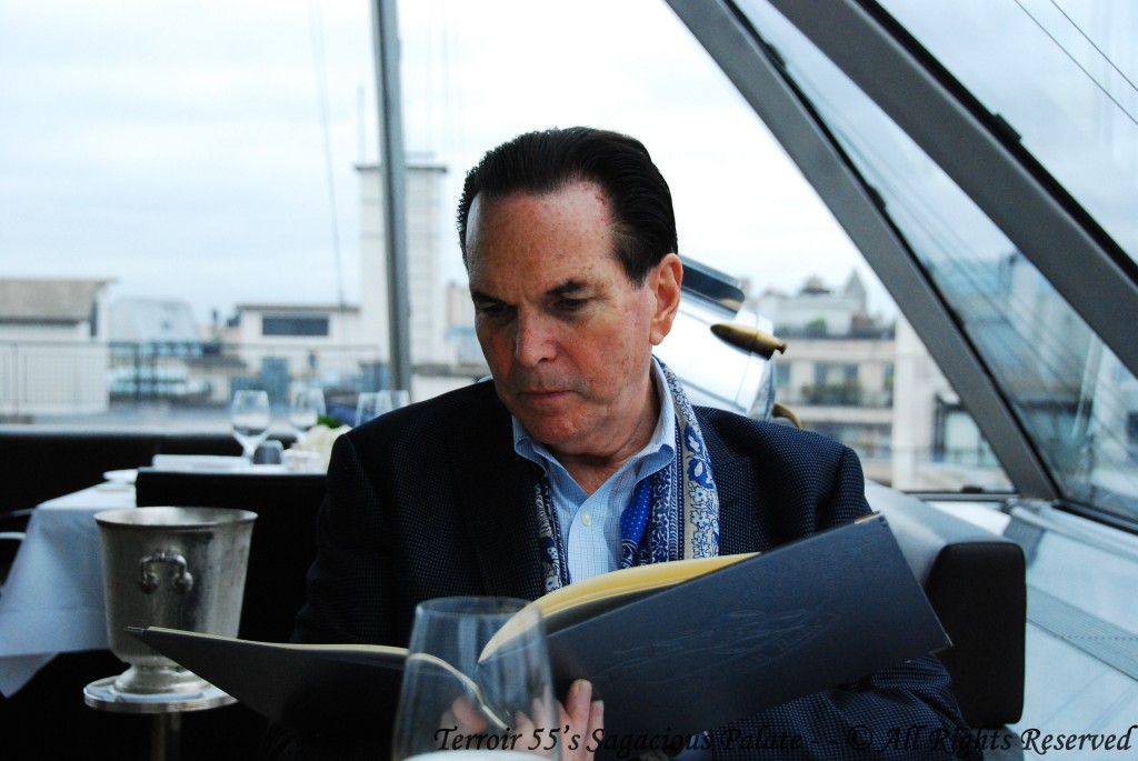 Tony and le carte de vin