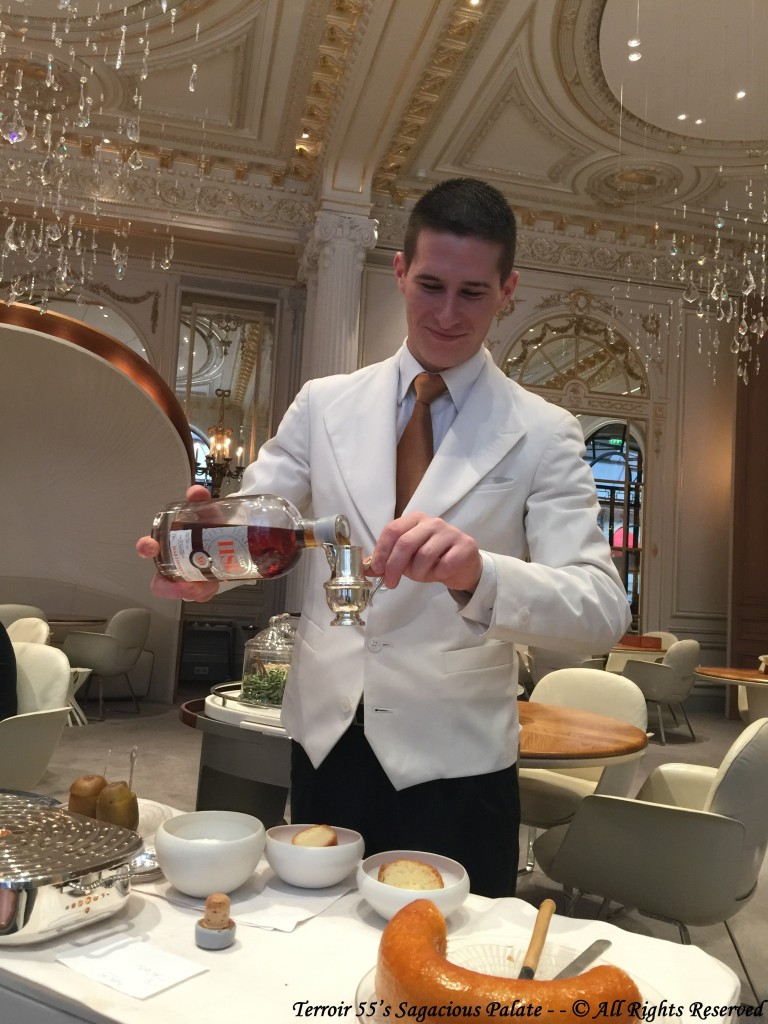 Julien with HSE Rhum de Martinique and dessert
